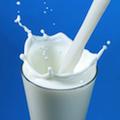 Питье молока в подростковом возрасте не уменьшает риска перелома бедренной кости