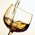 Упражнения и периодический прием алкоголя может помочь против нарушений зрения